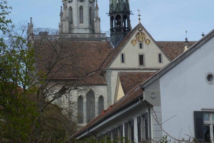 Goldscheiben am Westgiebel des Konstanzer Münsters