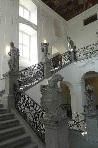 Treppenhaus im Neuen Schloss