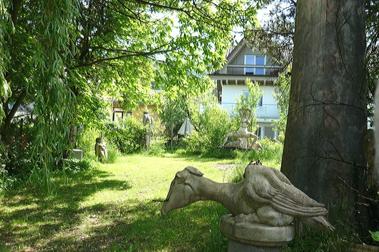 Bildhauergarten von Peter Lenk in Bodman
